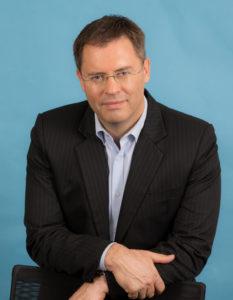 Dr Mark Lovatt hi res